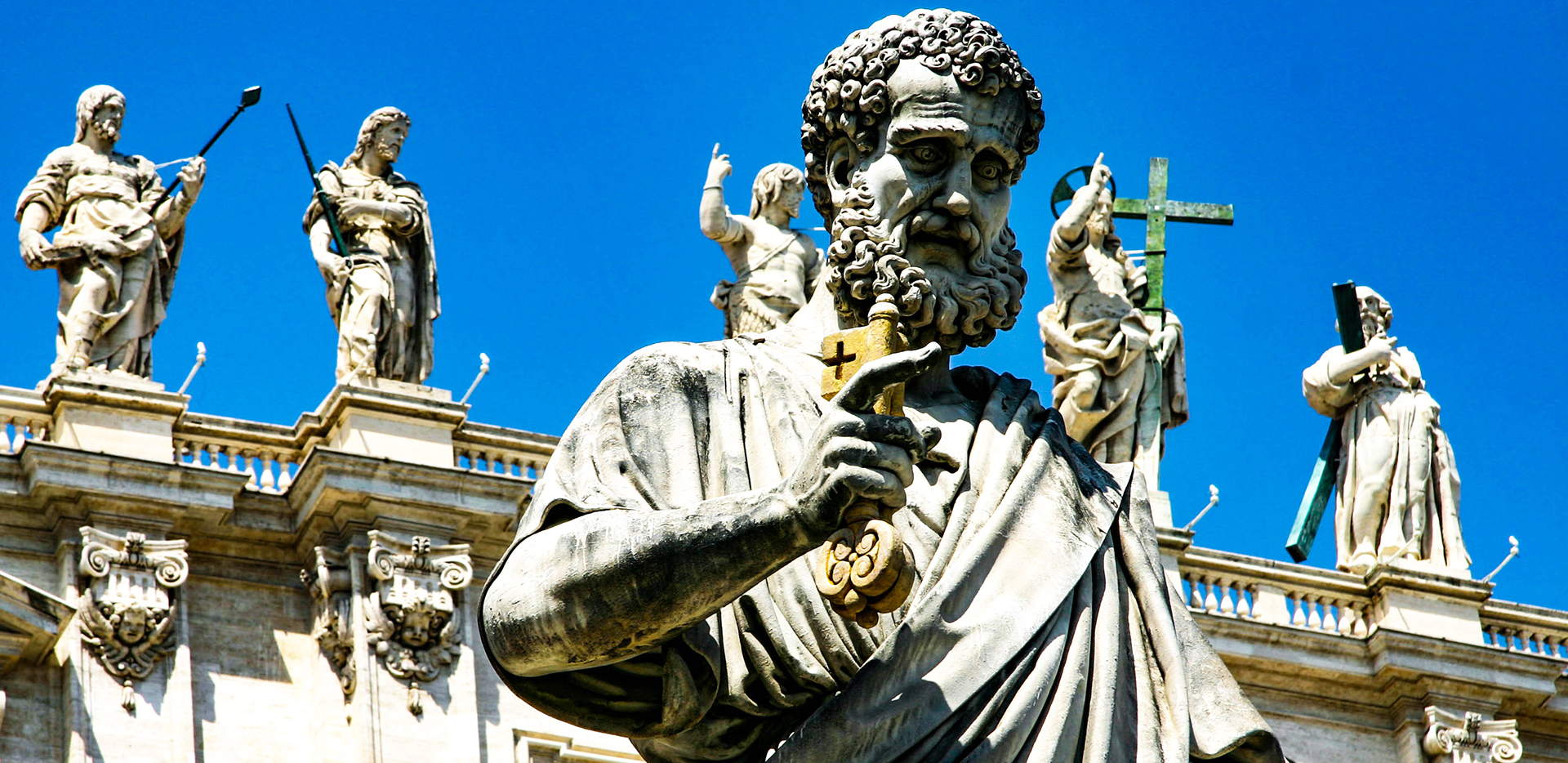 Statue of Saint Peter Judging